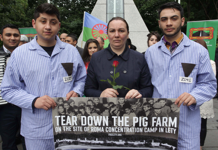 Reshaping the European present through campscape remembrance